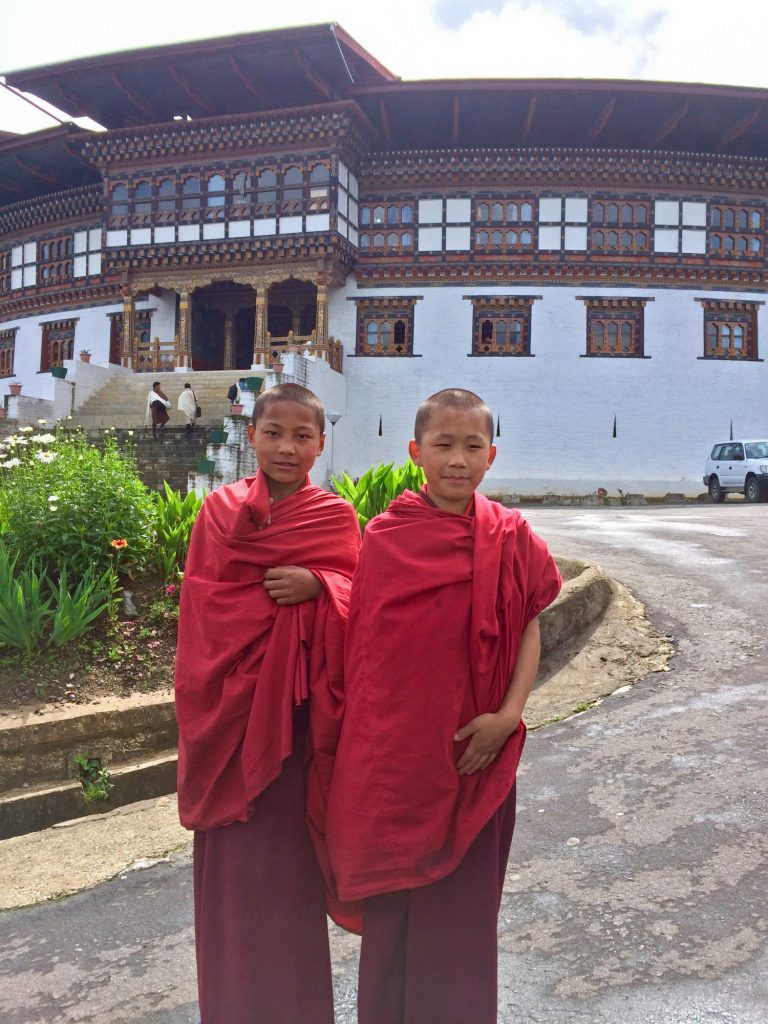 Chukha dzong monks