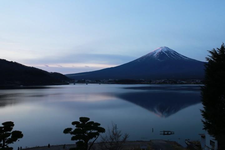 Mount-Fuji-Reflection_Lake-Kawaguchi