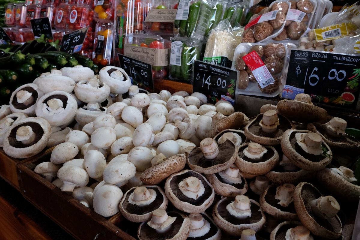 Mushrooms-at-Queen-Victoria-Market
