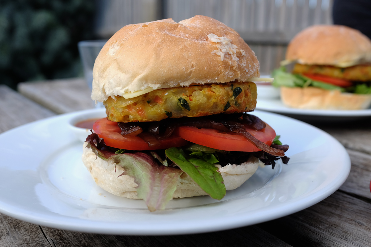 Vegetarian-Burger-at-Cape-Otway-Cafe