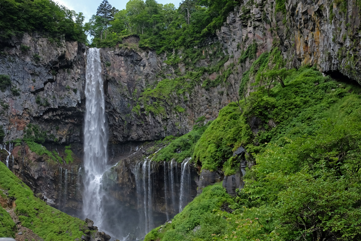 Kegon-Waterfalls-Nikko