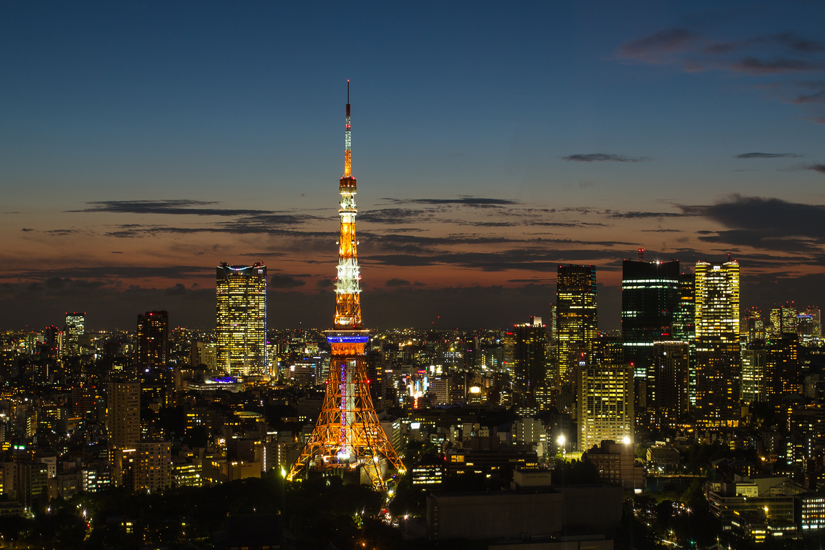 Tokyo-Tower-from-World-Trade-Center
