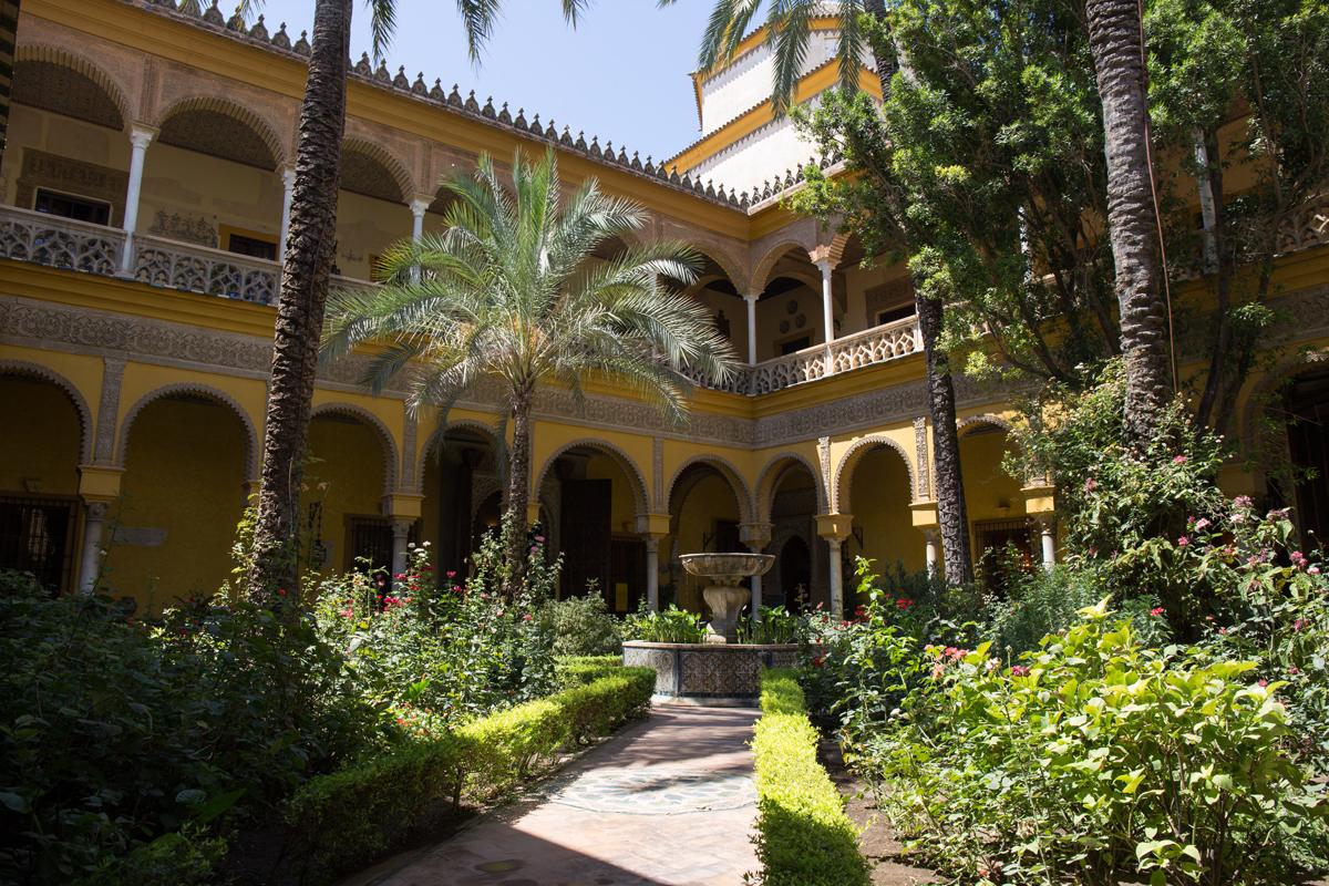 Palacio Las Duenas