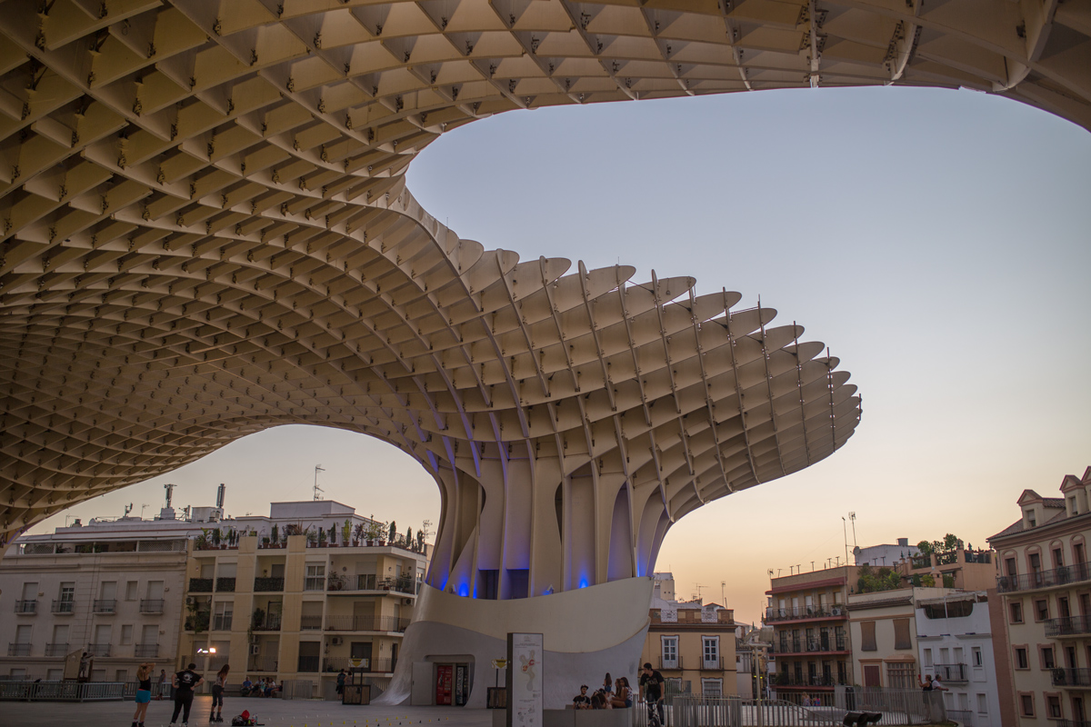 Metropol Parasol in the evening