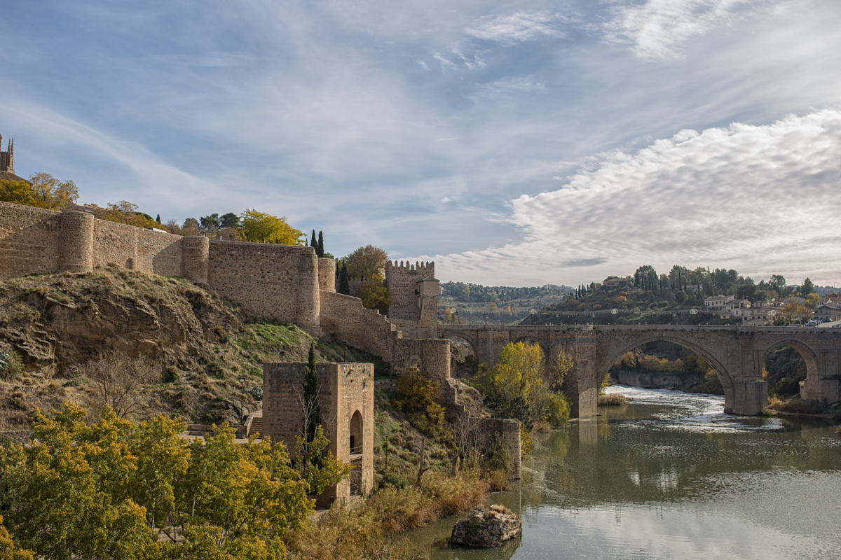 San Martin bridge and walls in Toledo