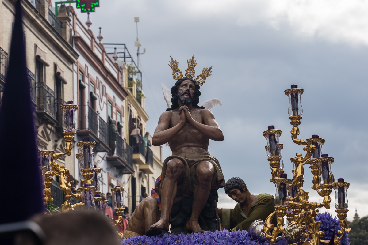 Holy Week of Seville La Estrella